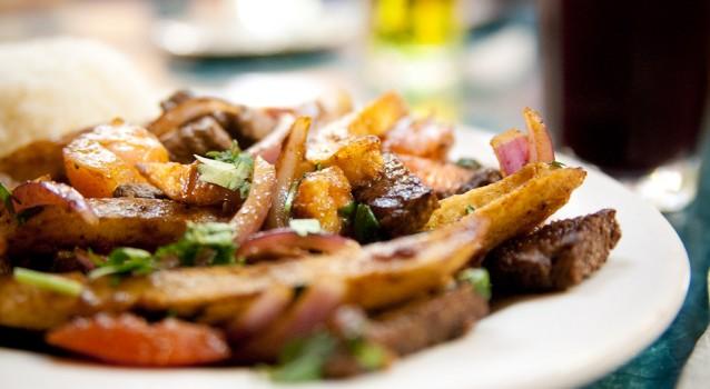 Recette du Lomo Saltado, le plat péruvien par excellence !